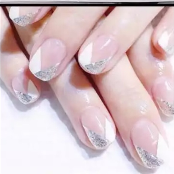 fancy fashions Other - Glitter angled French manicure 💅 Nail wraps